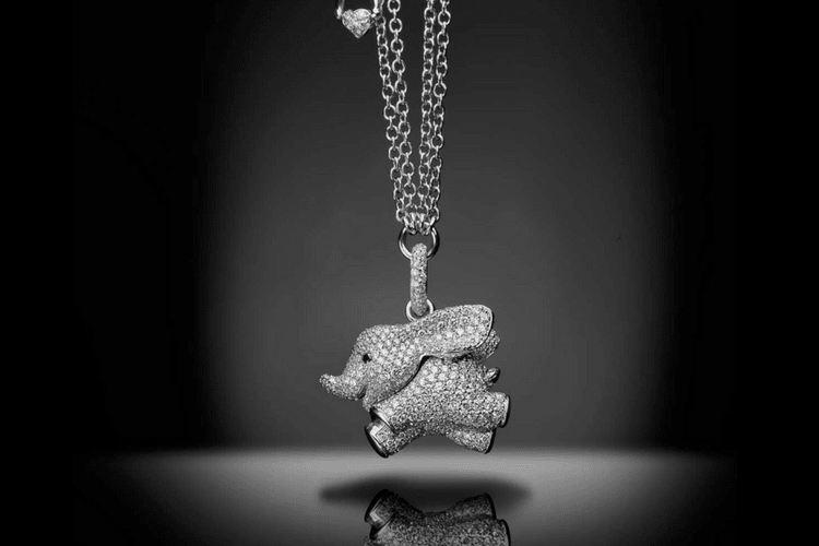 Palmiero elephantJewelrypendantfavorite