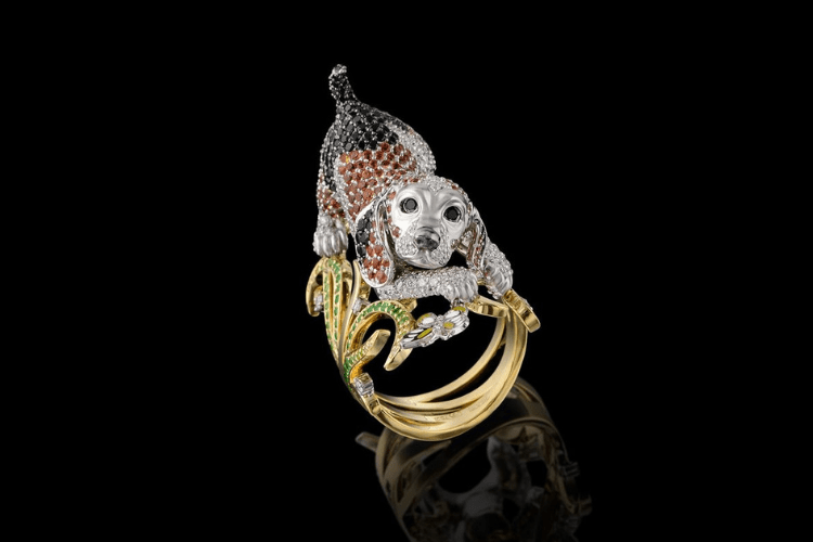 16.Master Exclusive jewelry Dog