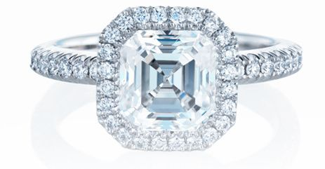Engagement ring diamond DeBeers Assher