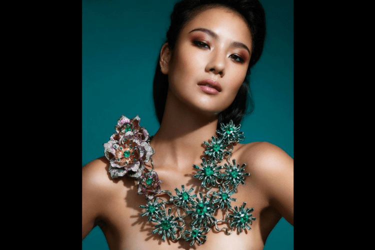 Wendy Yue Necklace Jewelry
