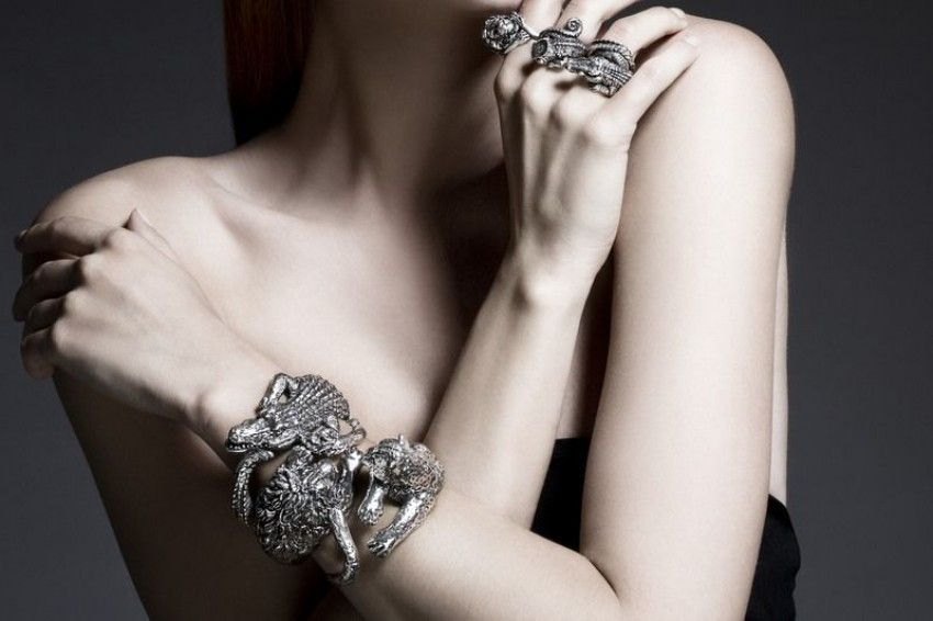 Giovanni Raspini has a new jewelry collection and it is right on trend!
